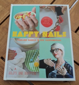 Happy_Nails_cover
